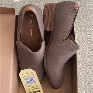 TOMS Dusty Gold Shaye Bootie - Size 9